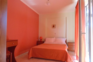 lefkada-two-bed-apartment-01